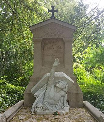 Tombe de Jules Verne Cimetière Madeleine Amiens