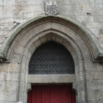 Porte voûtée du Beffroi d'Amiens