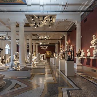 Salle des sculptures Musée de Picardie