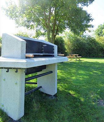 Barbecue Camping des Cygnes Amiens
